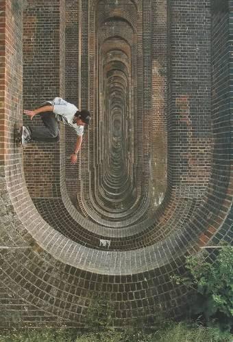 skateboarding loops