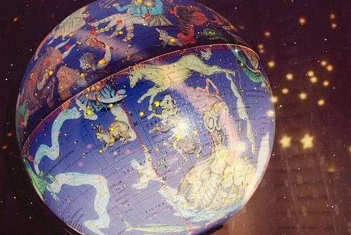 zodiac-globe